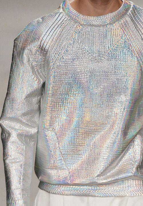 duz-gumus-hologram-1